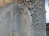 2月8日(土)夜 聖堂脇の聖母子像