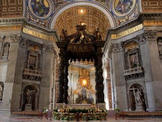 サン・ピエトロの教皇祭壇